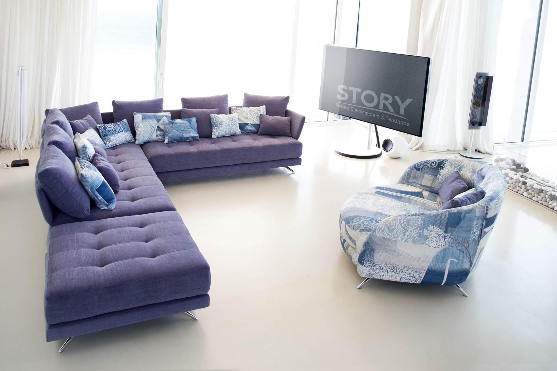 canap tissu color capitonn story. Black Bedroom Furniture Sets. Home Design Ideas