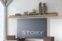 Meuble TV chêne piètement métal (étagère), au style industriel, apportera un aspect chaleureux à votre salon. Existe dans différents coloris