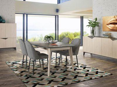 Ce séjour bois, plateau Cosmos, qui possède un plateau de table très résistant et esthétique, se décline dans plusieurs meubles et dimensions
