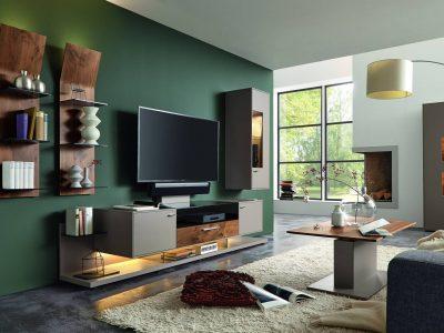 Composition TV personnalisable bois et laque mur vert