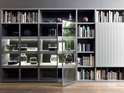 Cette bibliothèque composable se décline en nombreuses configurations pour s'adapter à vos envies. Disponible dans de nombreux coloris