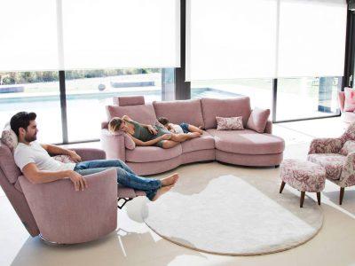 Ce canapé modulable arrondi est parfait pour donner un coté cocooning à votre salon. Il est disponible dans de nombreuses configurations et coloris