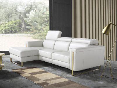 Ce canapé de relaxation pied métal se décline dans de nombreuses configuration : canapé 2 places, 3 places, angle ... Existe en cuir, tissu, microfibre ...