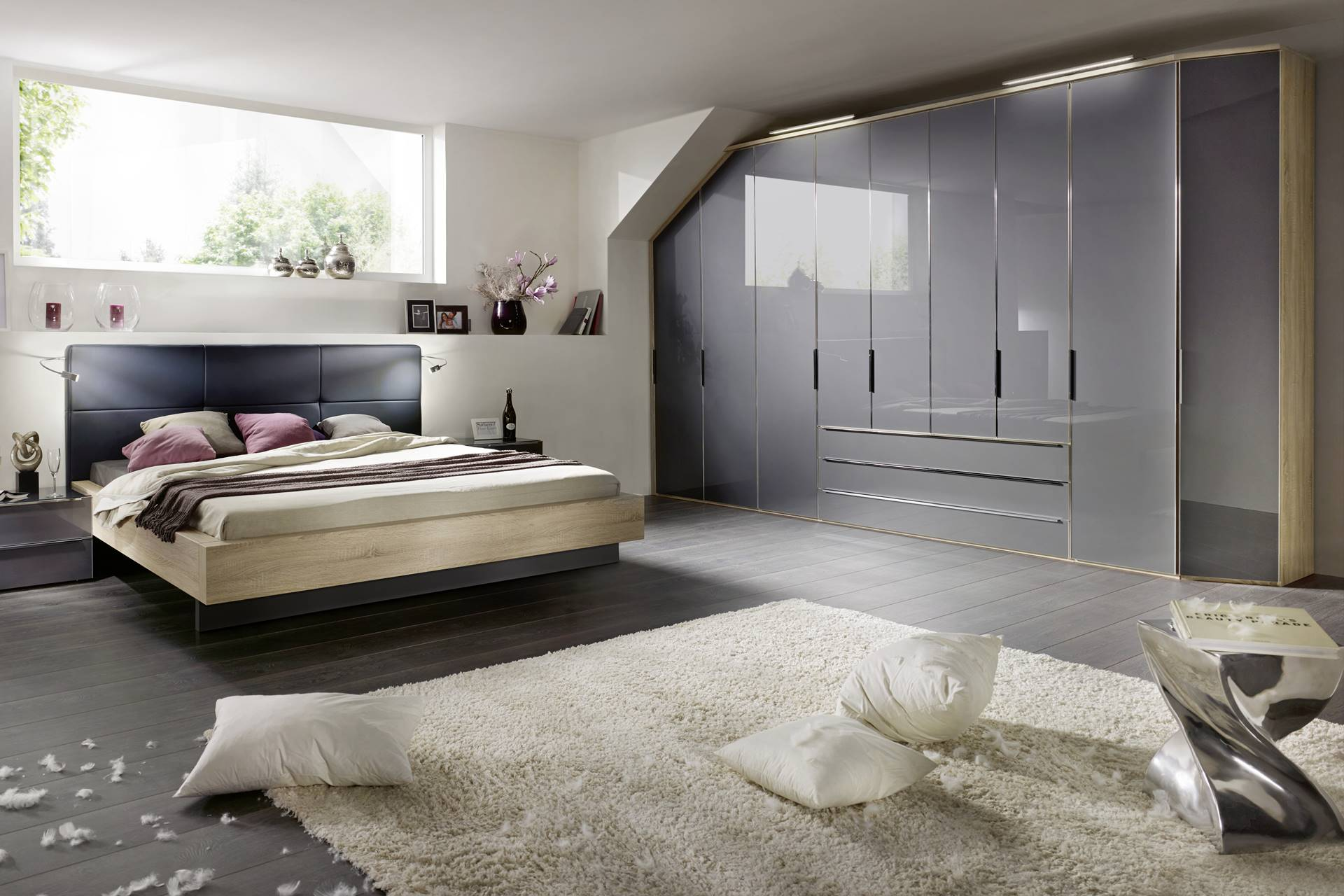 chambre avec dressing portes battantes story. Black Bedroom Furniture Sets. Home Design Ideas