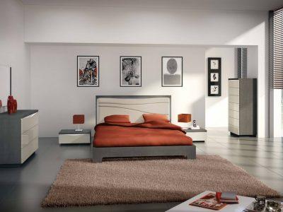 Cette chambre laque et bois présente un design original avec sa vague déclinée sur les différents produits de la collection.