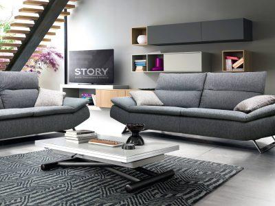 Le canapé avec dossier à profondeur modulable se décline en 3 places ou 3 places maxi. Il apporte un confort optimal, grâce à ses appui-têtes relevables, mais aussi à ses coussins en plumes.
