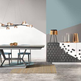 Ce séjour contemporain laqué avec incrustation bois aux formes hexagonales présente un design original.