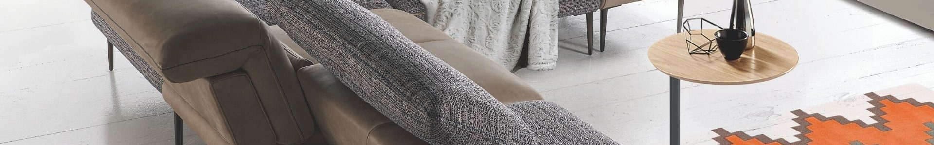 Canapé sur pied avec dossier amovible - STORY